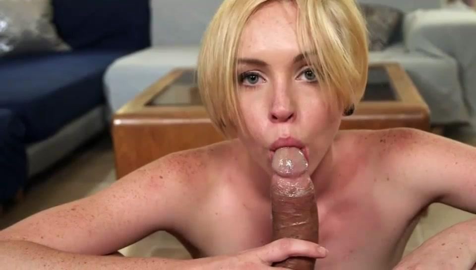 Порно Молодая Блондинка С Короткими Волосами